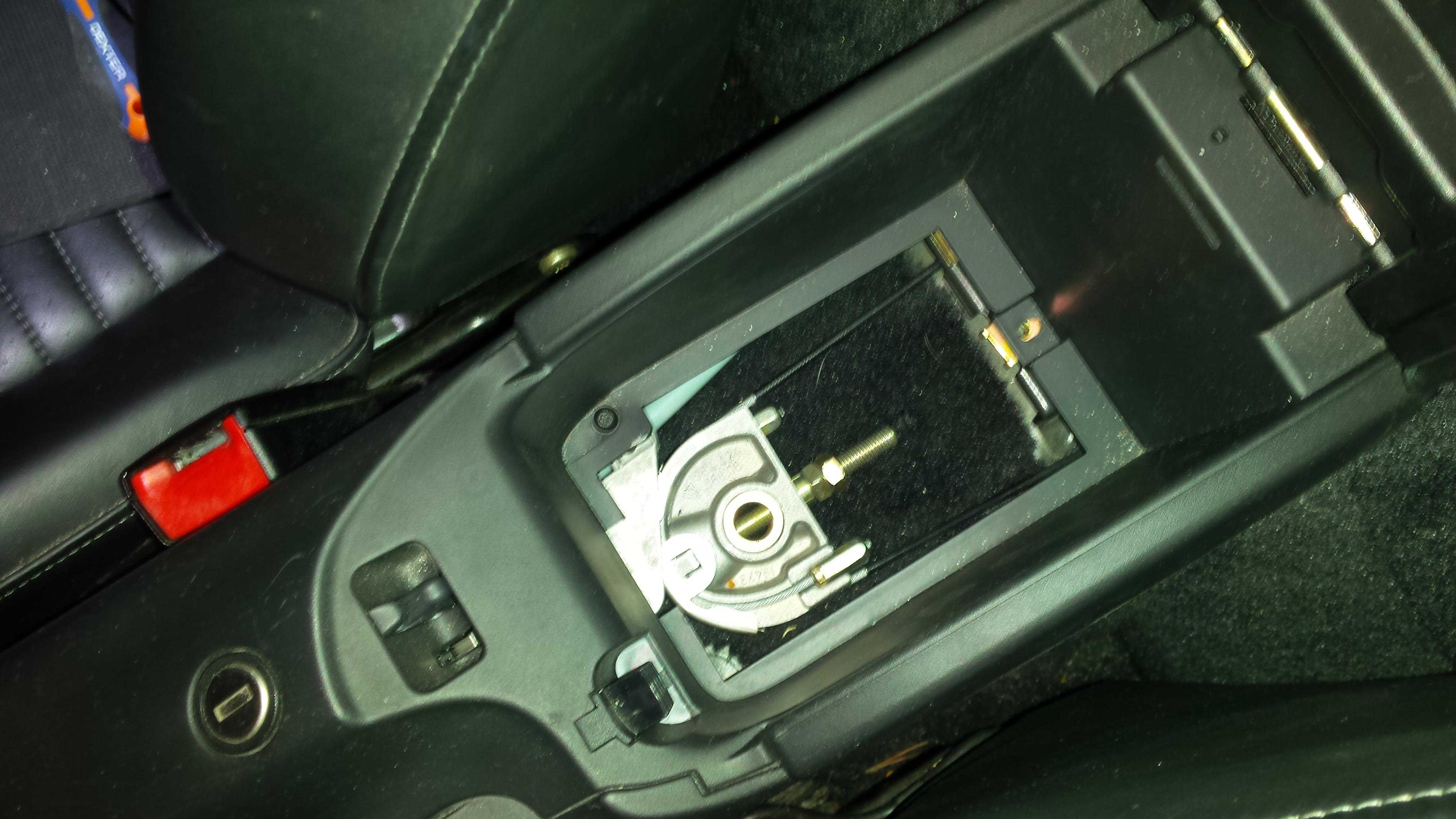 Frein main freins boxster cayman 911 porsche for 1999 porsche boxster window regulator