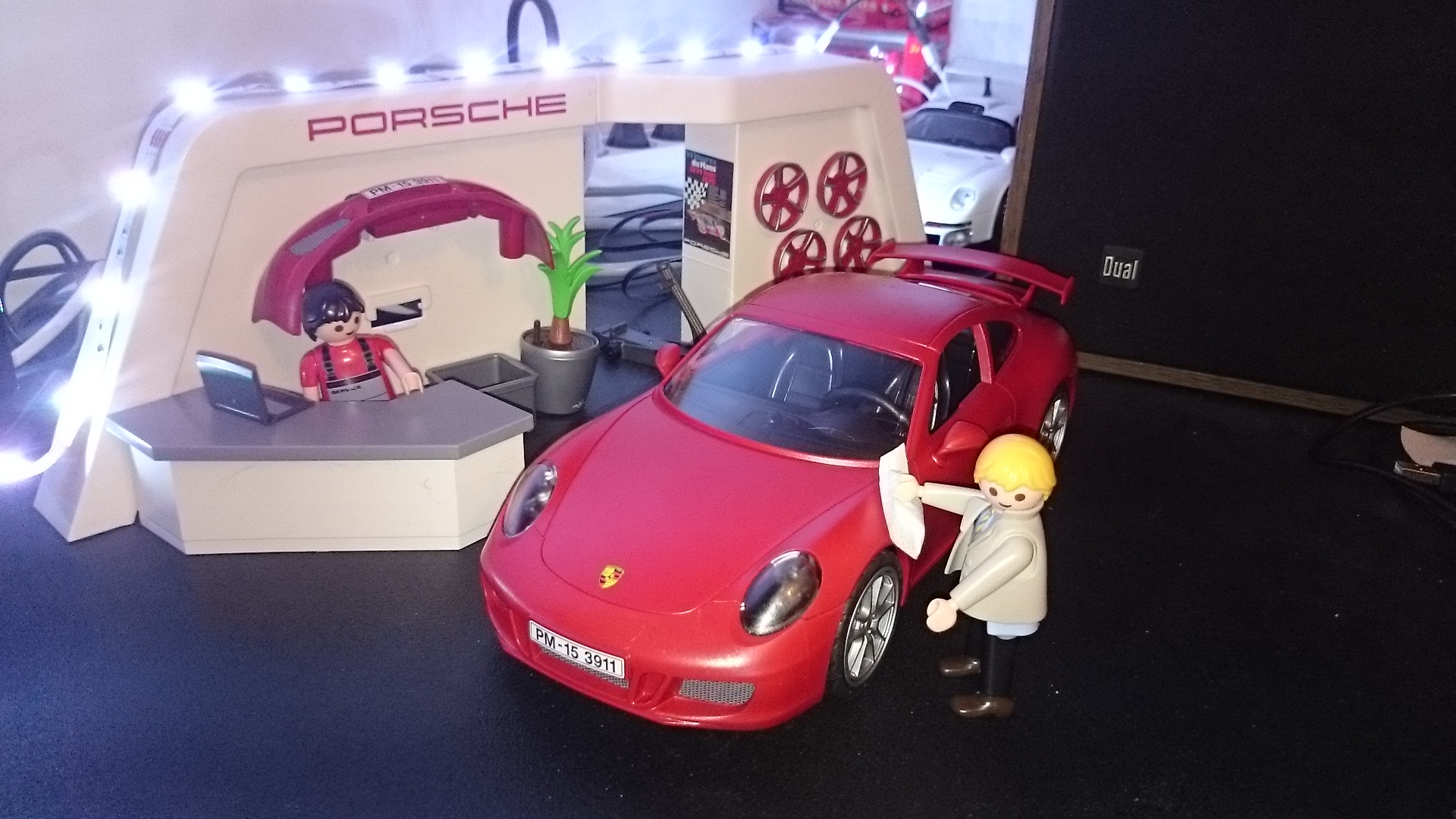 porsche playmobil d j re u le bar des porschistes. Black Bedroom Furniture Sets. Home Design Ideas