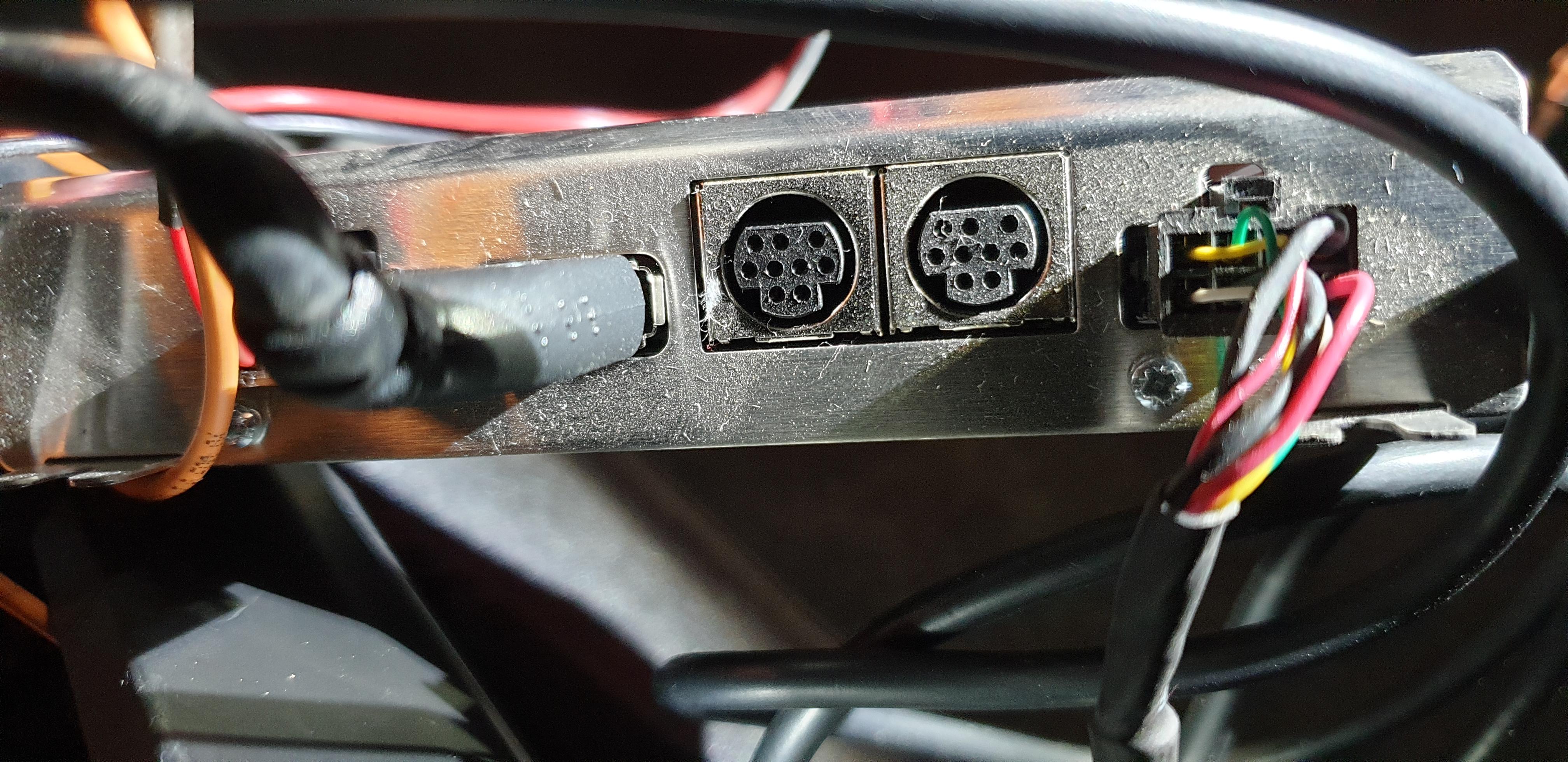 bc911-1589637354-U2070.jpg